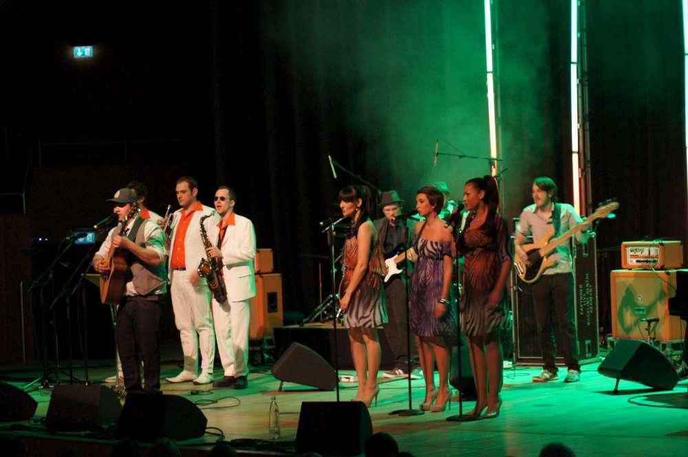 "Düsseldorfer Tontalente-Musikshow: Die Band ""Roomers"" hat die meisten Fan-SMS bekommen"