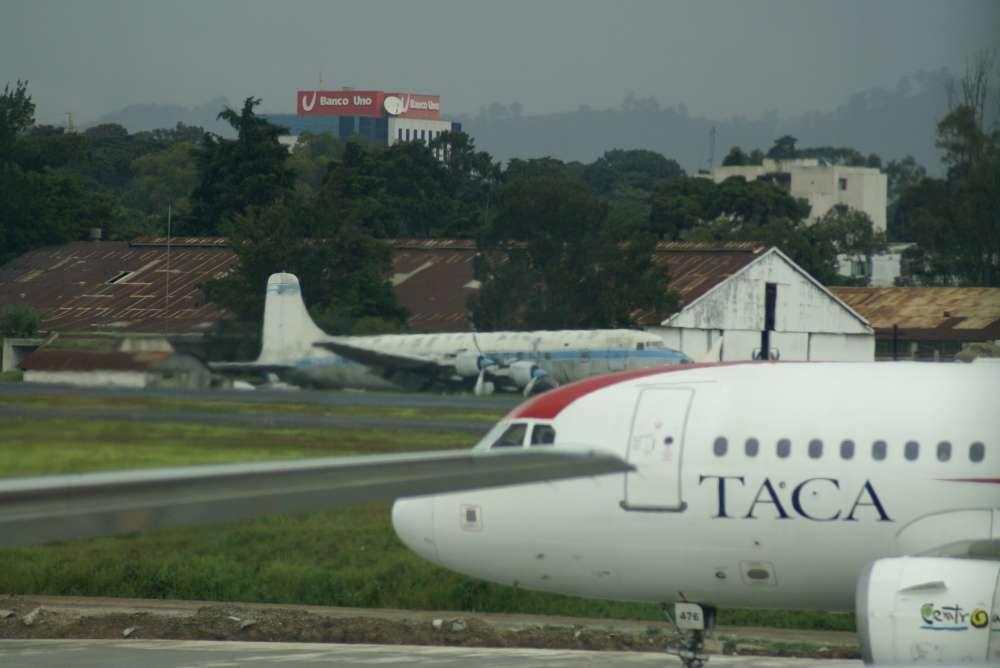 Eröffnung des neuen Flughafens in Quito auf Februar 2013 verschoben