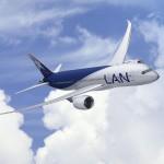 Boeing 787 Dreamliner der LAN startet zum ersten kommerziellen Flug auf der Strecke Santiago–Buenos Aires