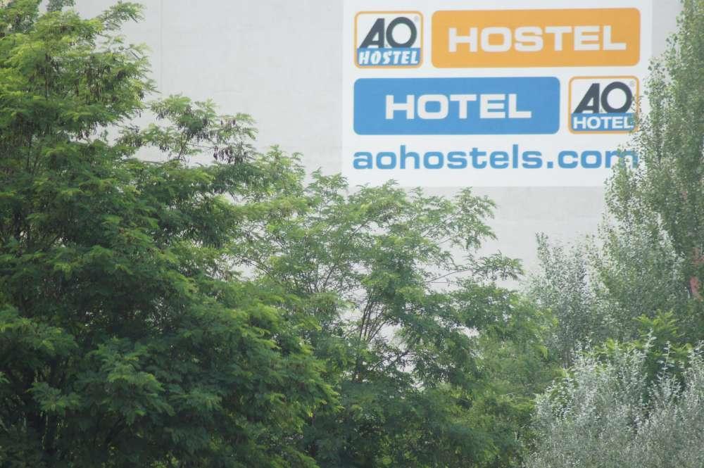 A&O unterstützen marode Schulen in Deutschland