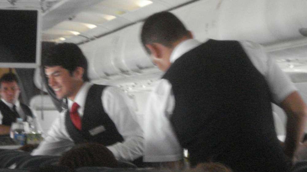 Auch Airberlin sucht Flugbegleiter in Berlin, Düsseldorf und München