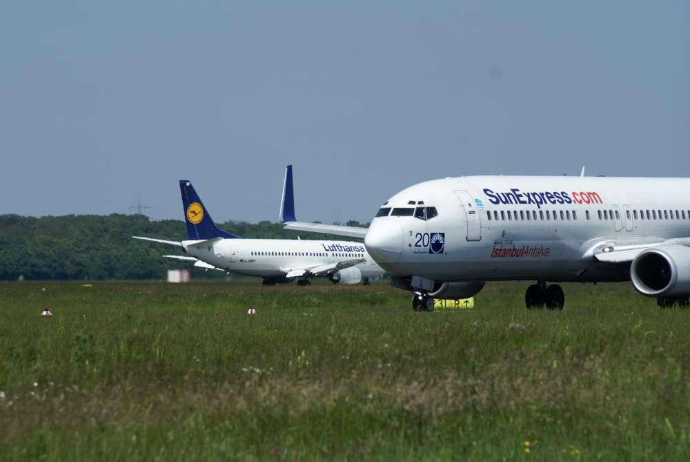 Sun Express mit mehr Flügen in Köln-Bonn und neue Arbeitsplätzen für Flugbegleiter