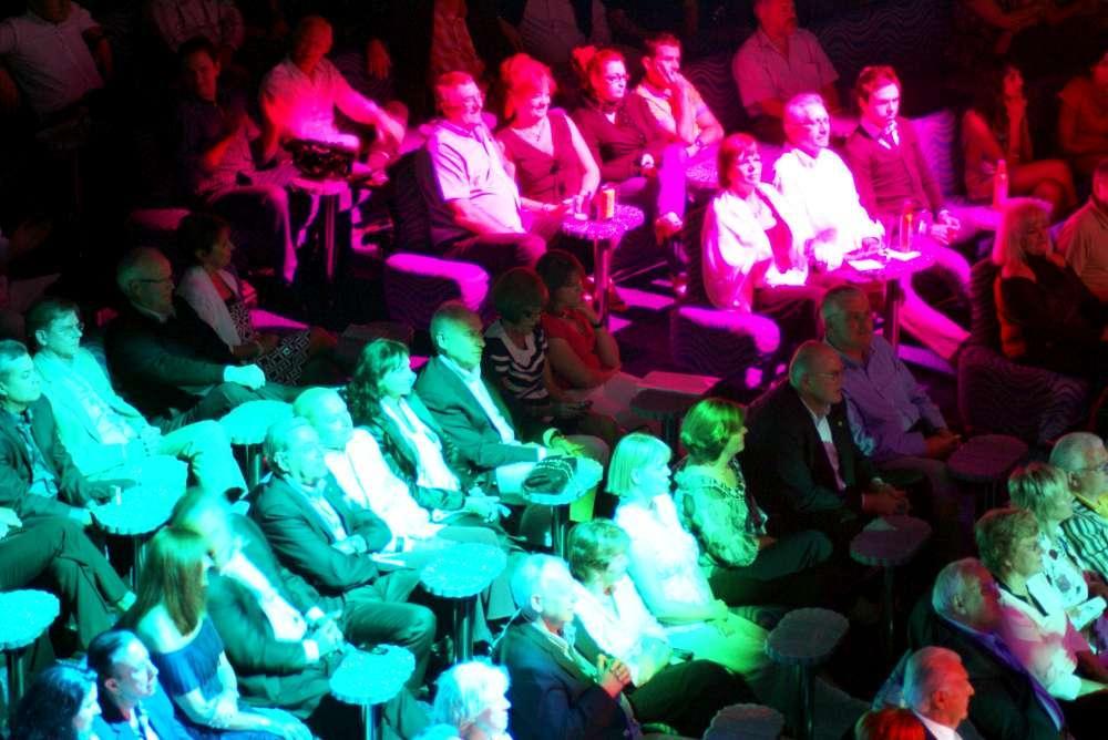 "Poetry Slam bei ""MS EUROPA meets Sansibar"""