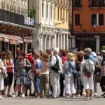 Urlaubsglück der Deutschen: Junge faulenzen, Ältere sind aktiv