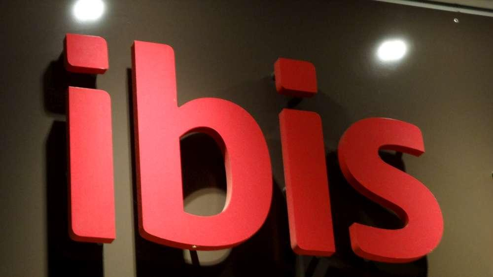 Günstigere Preise und garantierte Zimmerverfügbarkeit – die ibis BUSINESS card