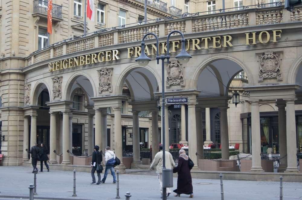 Steigenberger Hotel Group beim Deutschen Servicepreis 2014 geehrt