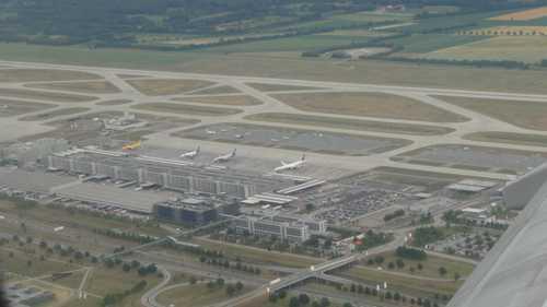 Kostenloser und zeitlich unbegrenzter Internetzugang am Airport