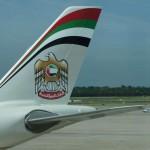 Etihad Airways lockt Kunden auf der Strasse zur Produkttour