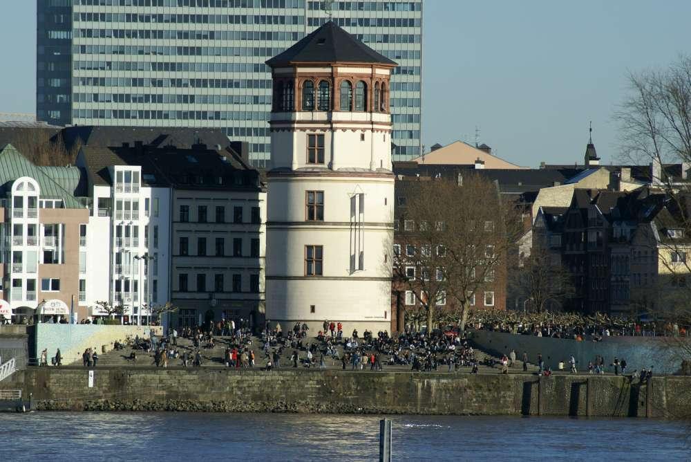 Düsseldorf zeigt sich als Magazin mit Format