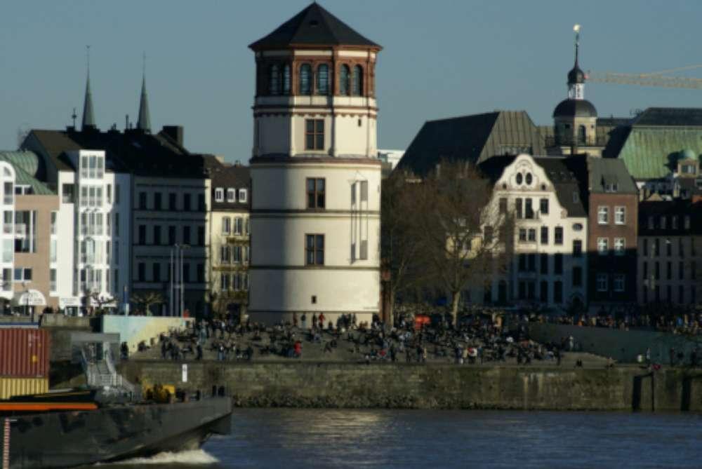 Düsseldorf-Tourismus: TagungsBarometer mit Top-Ergebnissen als Kongress- und Tagungsstadt