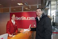 Air Berlin: Klitschko an Bord