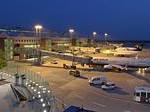 Airbus A 380 hat am Flughafen Dresden fünf touch-and-go Flüge durchgeführt