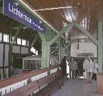 Gastronomie im restaurierten Eisenbahnwagen am Bahnhof Lichtenhain wird eröffnet