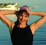 Anna Maria Kaufmann tauft Flussschiff »Bellevue«