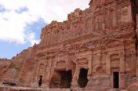 Petra ist nun offiziell eines der Neuen 7 Weltwunder.