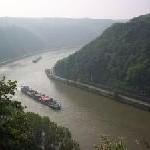 """Sterne auf der Donau oder Schmidts TIVOLI an Bord: Der neue A-ROSA Katalog """"Kreuzfahrten auf Flüssen 2008"""" ist da"""