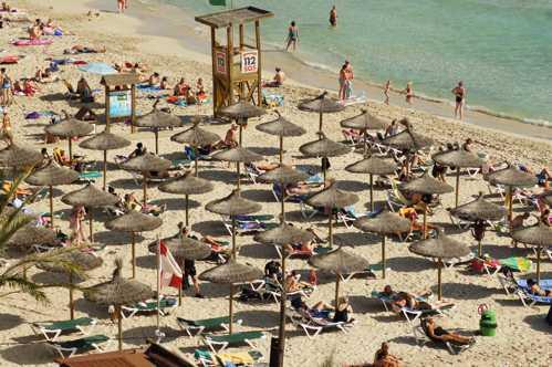 Jetzt den Sommerurlaub buchen: Januar und Februar sind die buchungsstärksten Monate – Frühbucherrabatte von bis zu 40 Prozent