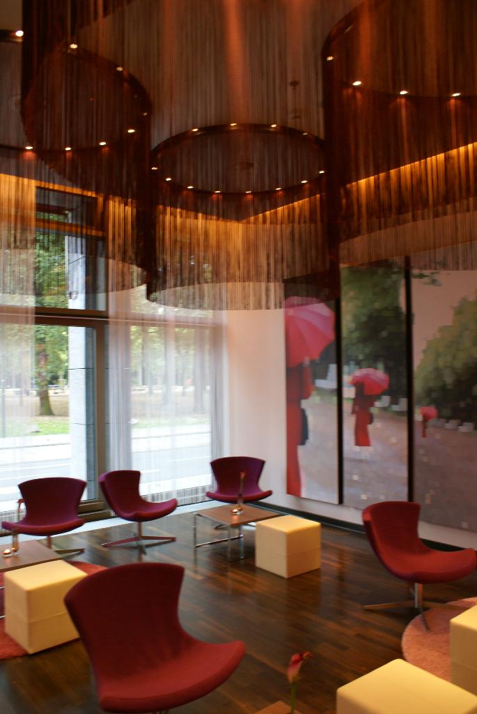 Düsseldorf, Melía Hotel - Neueröffnung am Hofgarten, 1. Oktober 2009 (08907) Foto: ©Carstino Delmonte (2009)