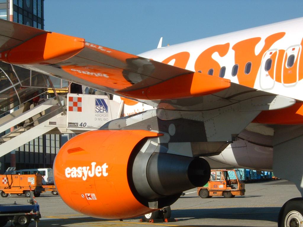 Airlines - Easy Jet, britische No Frills Airline in Europa (0086), Foto: ©Carstino Delmonte (2009)