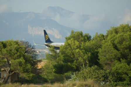 Airlines - Ryan Air, Irische No Frills Airline in Europa (09198), Foto: ©Carstino Delmonte (2009)
