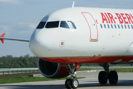 Airlines - Air Berlin - deutsche No Frills Airline mit europäischen und intercontinentalen Zielen (07983), Foto: ©Carstino Delmonte (2008)