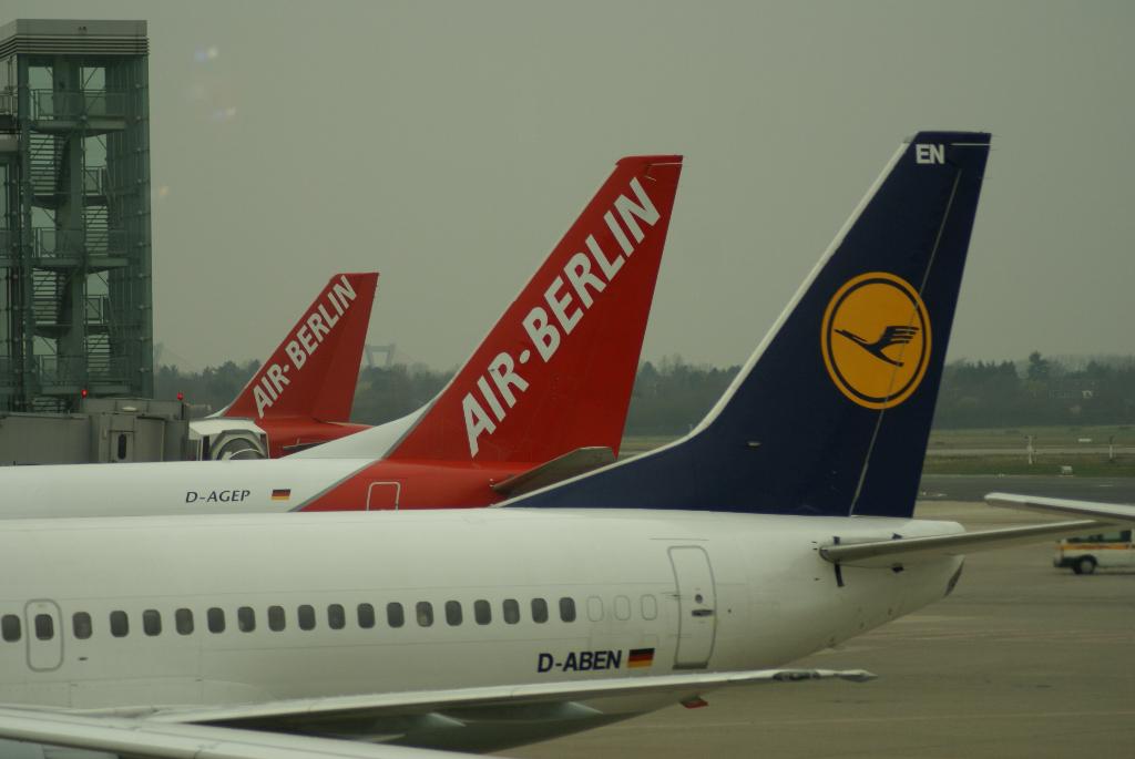 Airlines - Air Berlin - deutsche No Frills Airline mit europäischen und intercontinentalen Zielen (05248), Foto: ©Carstino Delmonte (2008)