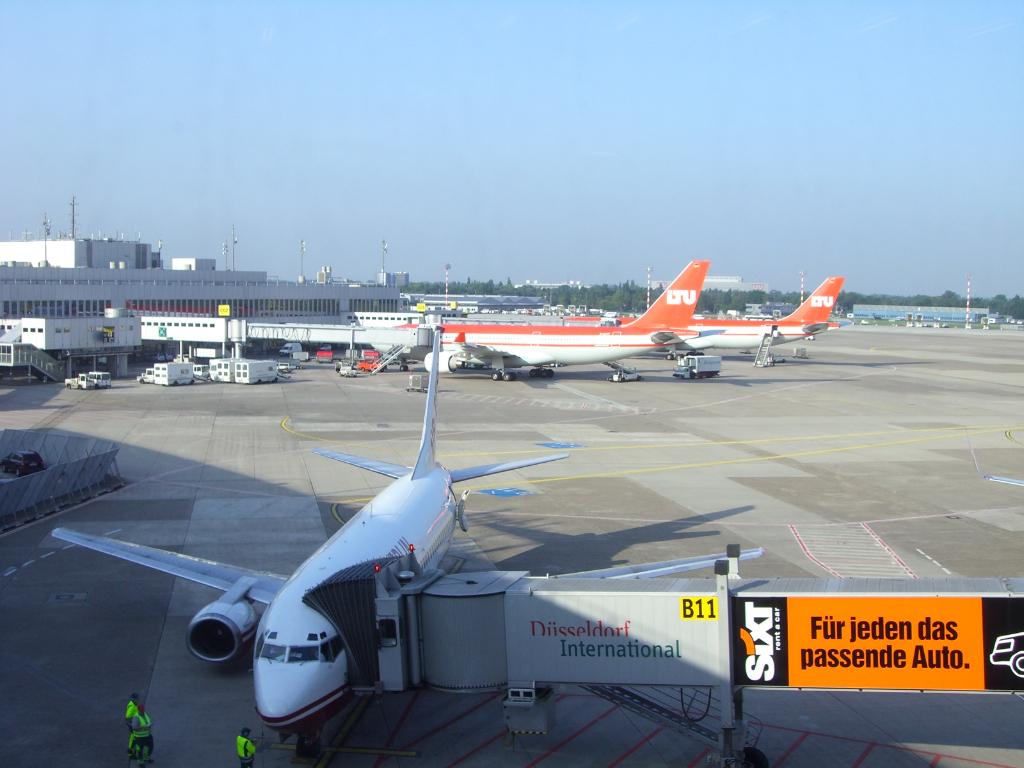 LTU - Charterairline aus Düsseldorf (ab 2008 Air Berlin) (4065) Foto: ©Carstino Delmonte (2008)