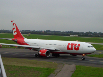 LTU - Charterairline aus Düsseldorf (ab 2008 Air Berlin) (0983) Foto: ©Carstino Delmonte (2008)