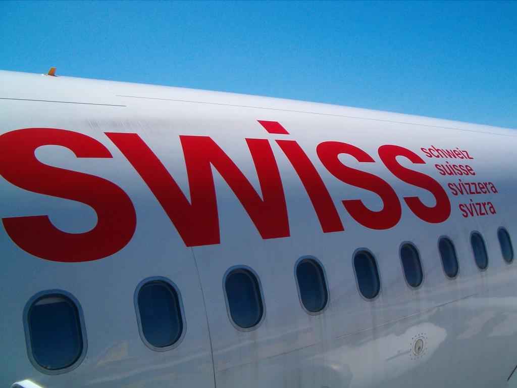 Swiss - schweizerisches Lufthansa-Unternehmen (04253) Foto: ©Carstino Delmonte (2009)