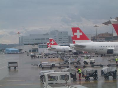 Swiss - schweizerisches Lufthansa-Unternehmen (04287) Foto: ©Carstino Delmonte (2009)