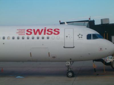 Swiss - schweizerisches Lufthansa-Unternehmen (04053) Foto: ©Carstino Delmonte (2009)