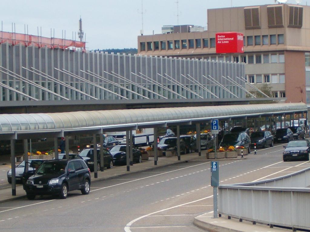 Drei neue Swiss-Lounges am Flughafen Zürich