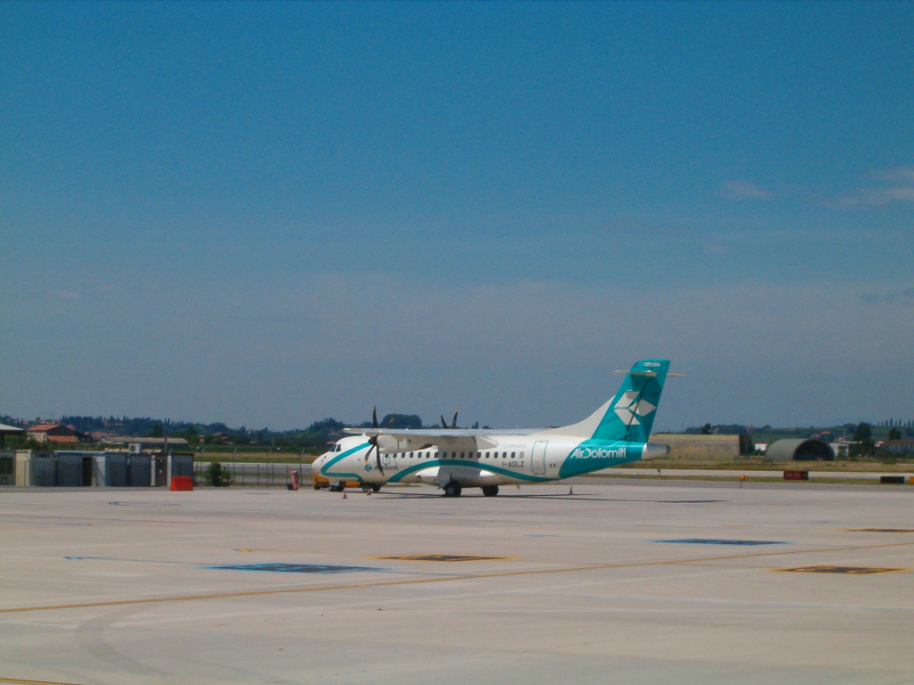 Airlines - Air Dolomiti, eine von mehreren italienischen Lufthansa-Tochterfluglinien