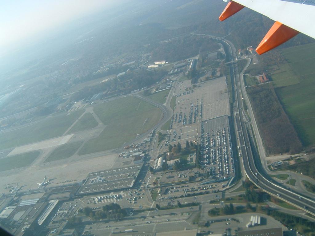Airports - Mailand-Malpensa, Foto: ©Carstino Delmonte (2005)