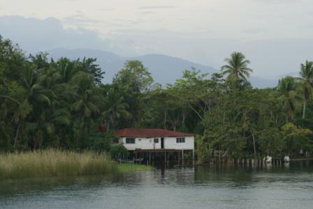 Guatemala - Rio Dulce