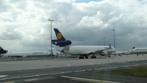 Luftverkehr legt Halbjahreszahlen vor: Mehr Passagiere auf deutschen Airports