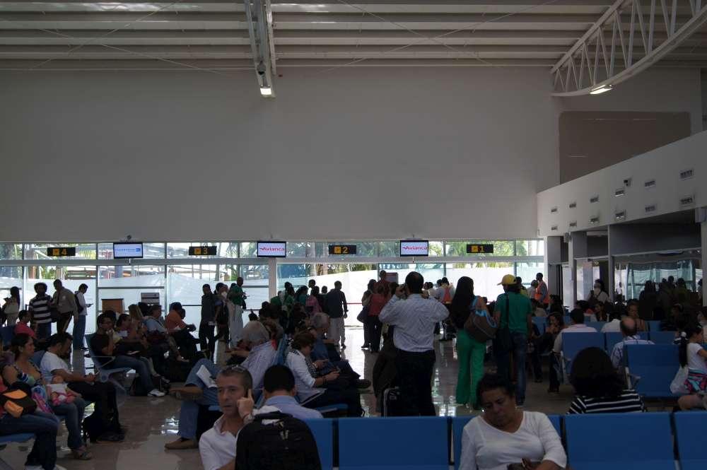 Flug storniert oder verspätet? – Freiwillig zahlen die Airlines nichts