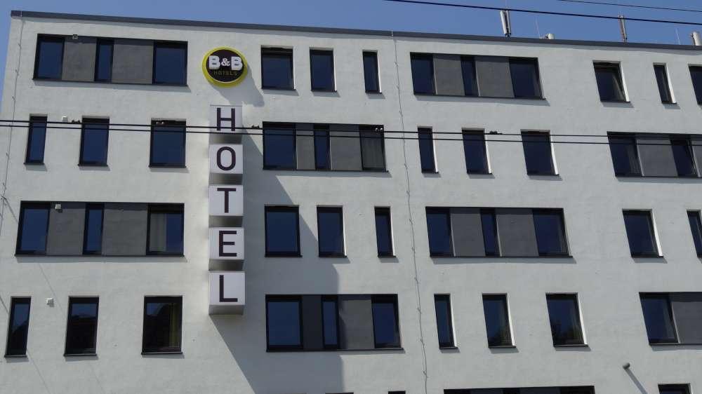 Lowcoster B&B-Hotels übernimmt Hotelgruppe LetoMotel