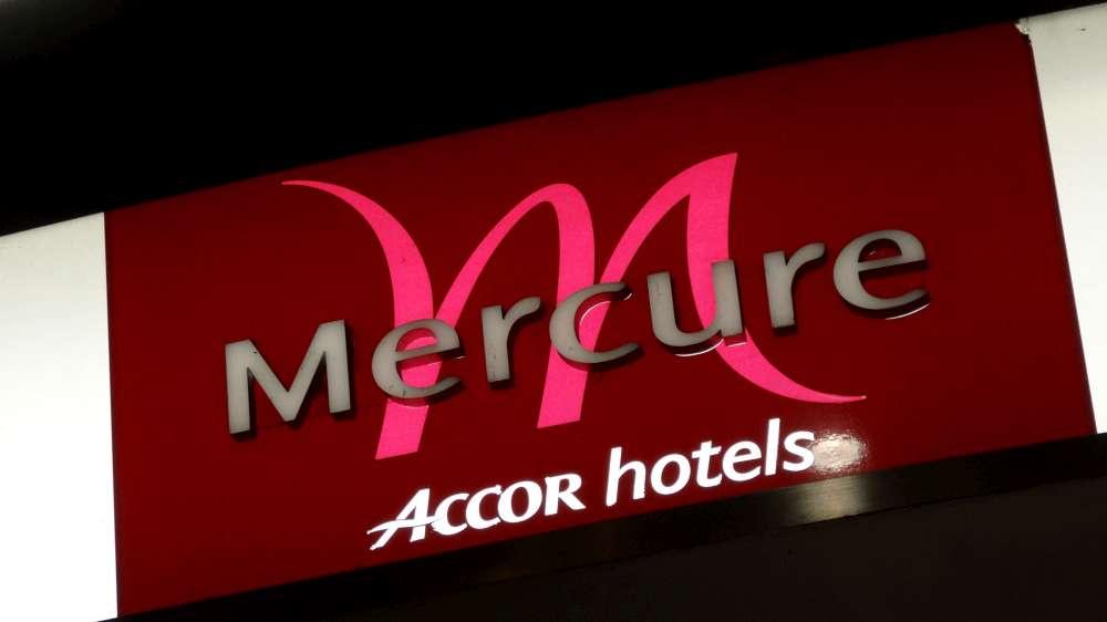 Erster IHK-geprüfter Social Media Manager im Mercure Hotel Köln West