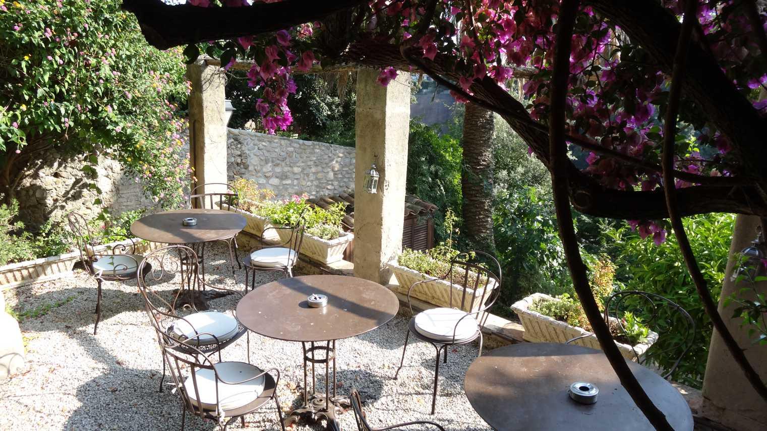 Stylisches Homeoffice im Süden – Wohnen und Arbeiten fernab des Massentourismus: Neue Maßstäbe im Hinterland der Algarve