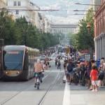 Neue Straßenbahnlinie verbindet Flughafen Nizza Côte d'Azur mit der Innenstadt