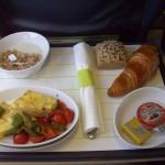 Schlemmen über den Wolken: Das halten die Deutschen vom Essen im Flugzeug
