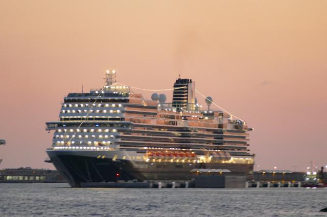 Kreuzfahrt-Boom: rundum abgesichert an Bord und an Land