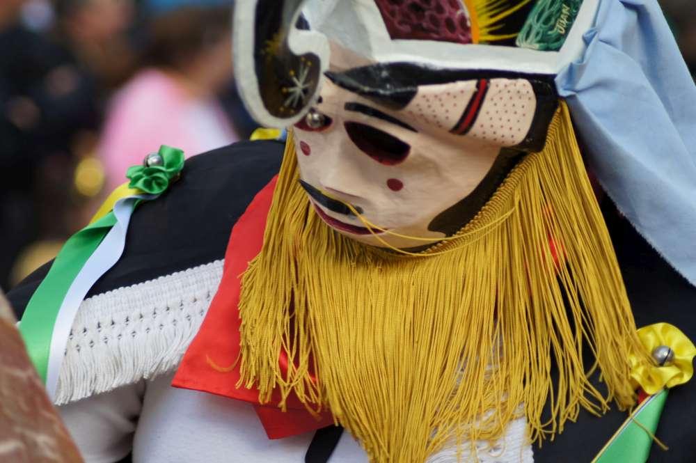 Bären, Eisenmasken und Kuhglocken: Magie und Tradition in Navarra