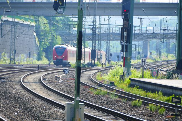 Bahn weitet City-Ticket auf alle Spar- und Flexpreise aus: Entspanntes Reisen von Tür zu Tür