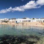 Fischerhäfen, märchenhafte Täler und kanarisches Markttreiben  Lanzarotes schönste Dörfer