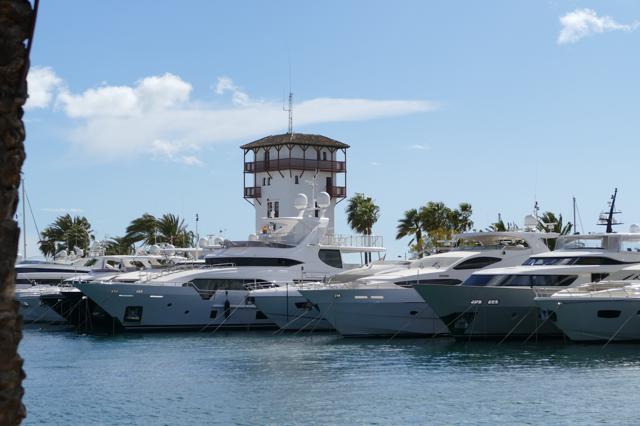 Vom Hotel Bonsol/Illetas zum Nobelhafen Puerto Portals