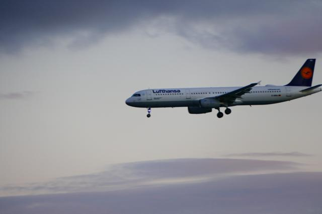 Auch der Tod fliegt Lufthansa