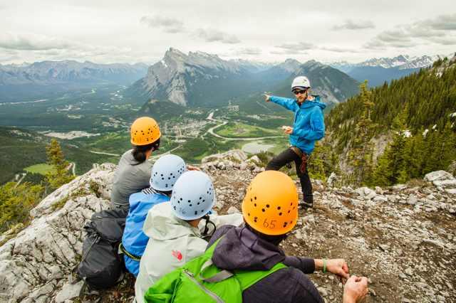 Die zehn besten Ziplines und Klettersteige Kanadas für atemberaubende Outdoor-Erlebnisse