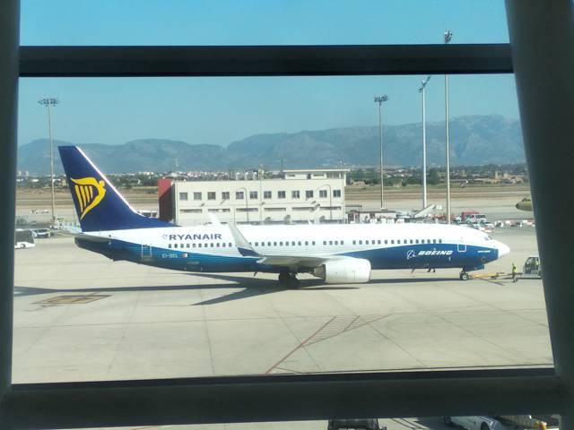Auch Ryanair muss im  Winter Flüge streichen